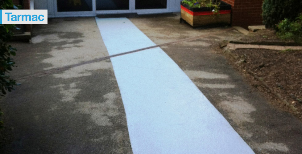 Non-slip & anti-slip flooring treatment for Tarmac